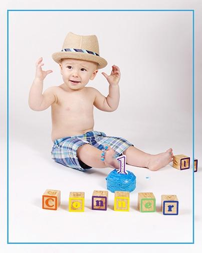 Chandler-Baby-Portrait-Photographer-Documents-First-Birthday-Smash-Cake-1