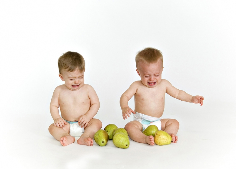 baby-twins-pears